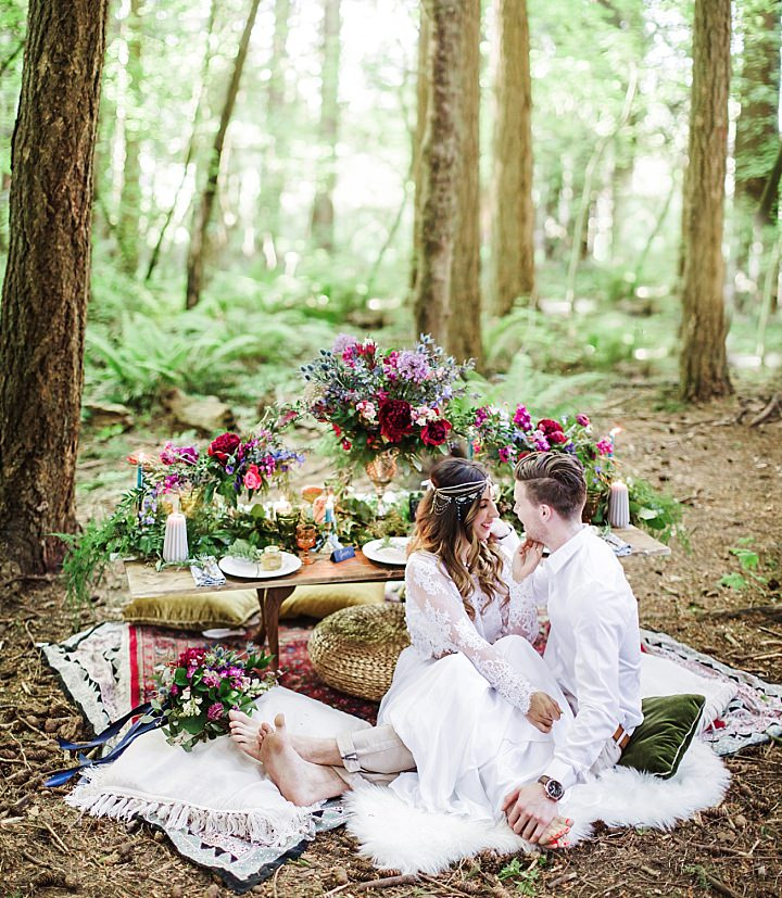 Vibrant Woodland Boho Wedding Inspiration with Beachside Cake Cutting