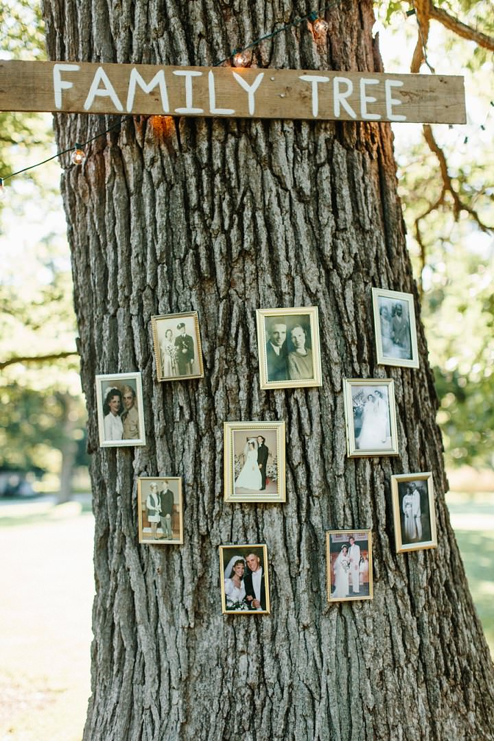 Outdoor Midwest Farm Wedding by Meredith Washburn Photography