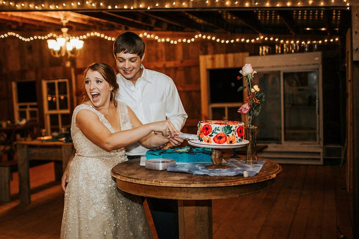Vibrant Outdoor Tennessee Farm Wedding by Erin L. Taylor Photography
