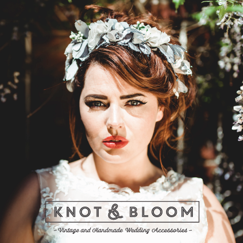 Knot and Bloom
