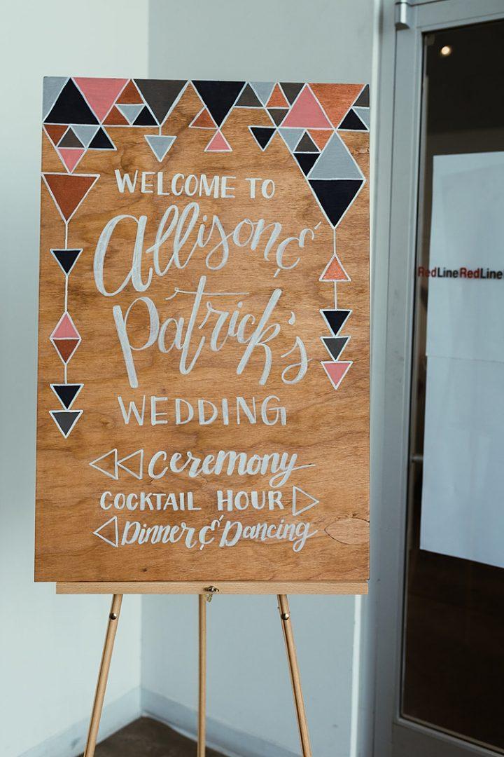 Boho Pins: Top 10 Pins of The Week - Wedding Signs