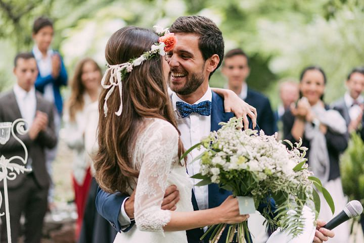 Stunning Spanish Wedding with First Look by Sara Lobla