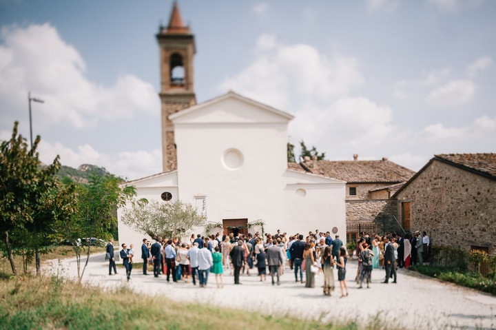 Green and White Italian Countryside Wedding by Studio Fotographico