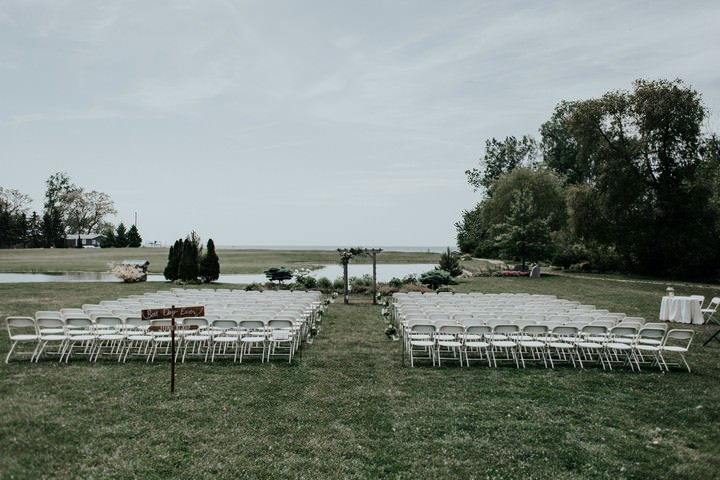 Elegant Peach and Gold Outdoor Canadian Wedding by Todor Wedding Co.