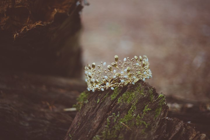 Wild at Heart - Boho Forest Wedding Inspiration with Birds of Prey