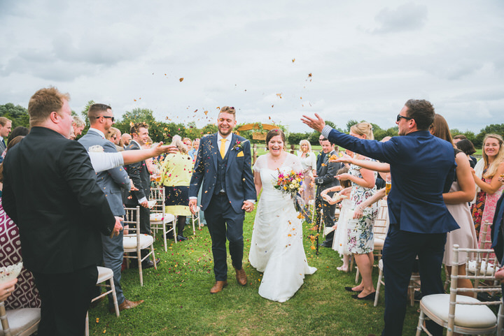 Hessian and Gingham Gloucestershire Barn Wedding by Lewis Fackrell
