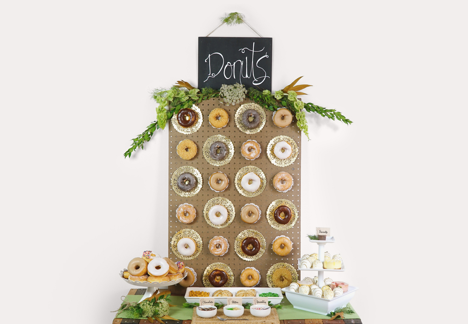DIY Tutorial: Rustic DIY Donut Wall