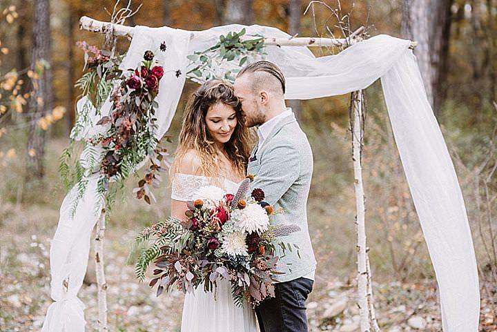 Caribbean Boho Wedding Inspiration: Laid Back And Intimate Autumnal Boho Forest Elopement
