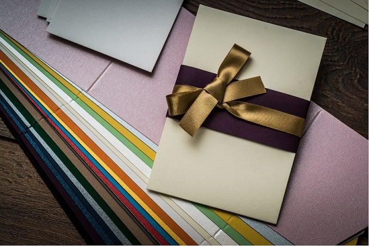 DIY Tutorial: Pocketfold Wedding Invitations with FREE DOWNLOAD
