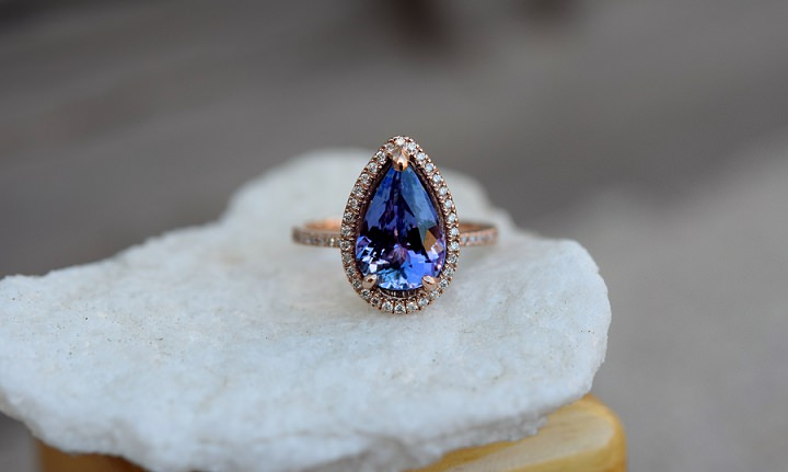 Boho Loves: Sapphire Engagement Rings by EidelPrecious - Unique Stones for the Alternative Bride