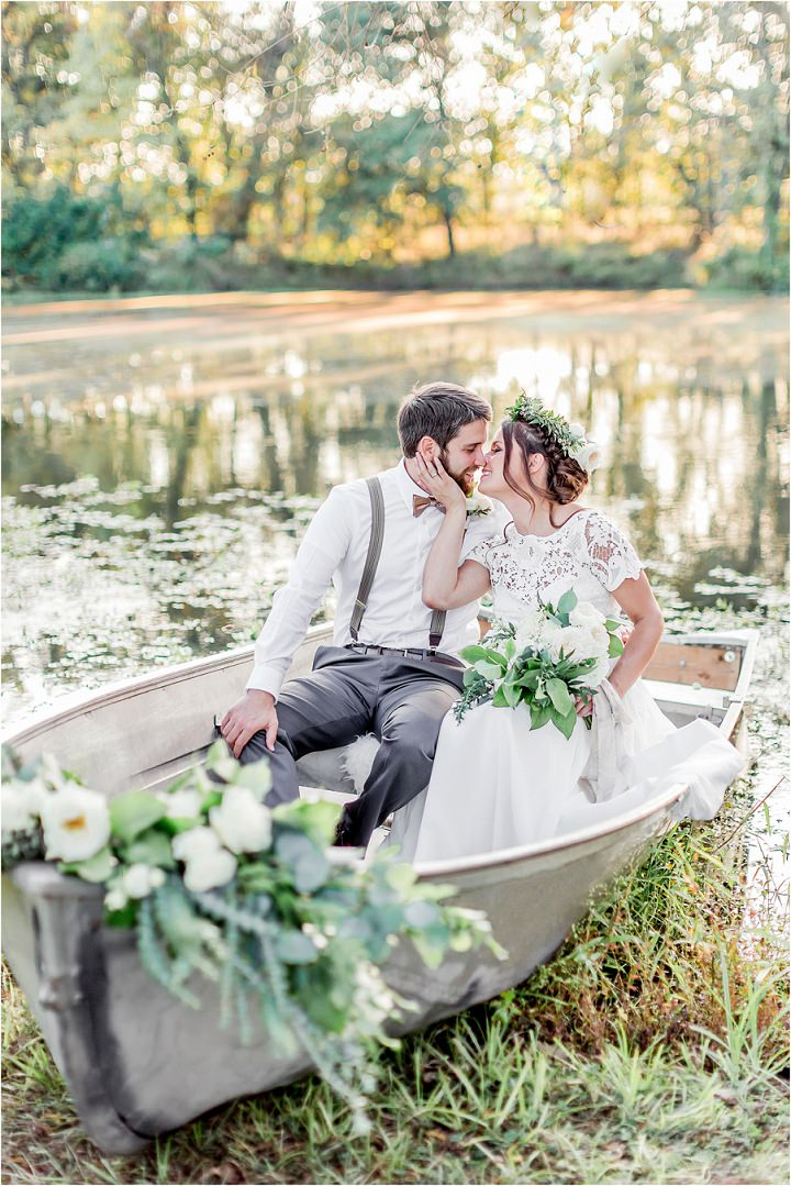 'The Notebook Meets Anne of Green Gables' - Woodsy Romantic Boho Inspired Wedding Inspiration