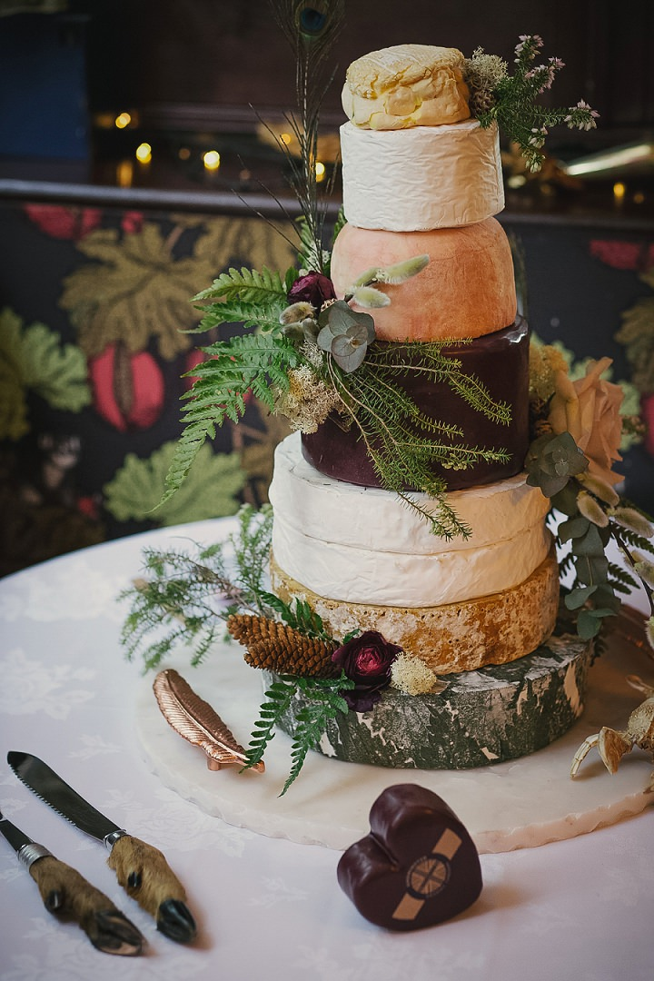 Benjamin and Christopher's 'Country Chic with a Taxidermy Twist' Crab and Lobster Wedding by Lissa Alexandra Photography
