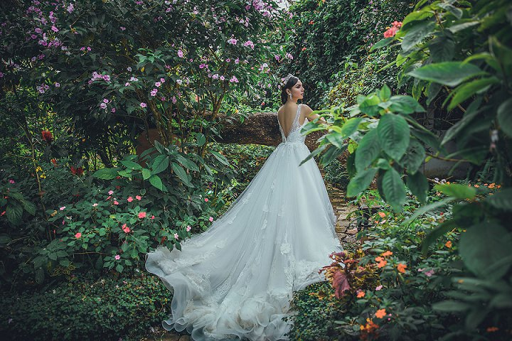 Ask The Experts: Key Points to Consider when Choosing Your Wedding Dress and Bridesmaid's Dresses with CoCoMelody