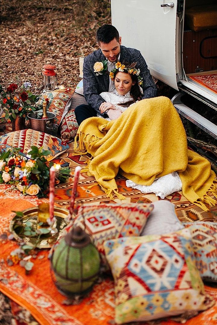 Warm and Cosy Earthy Woodstock Wedding Inspiration