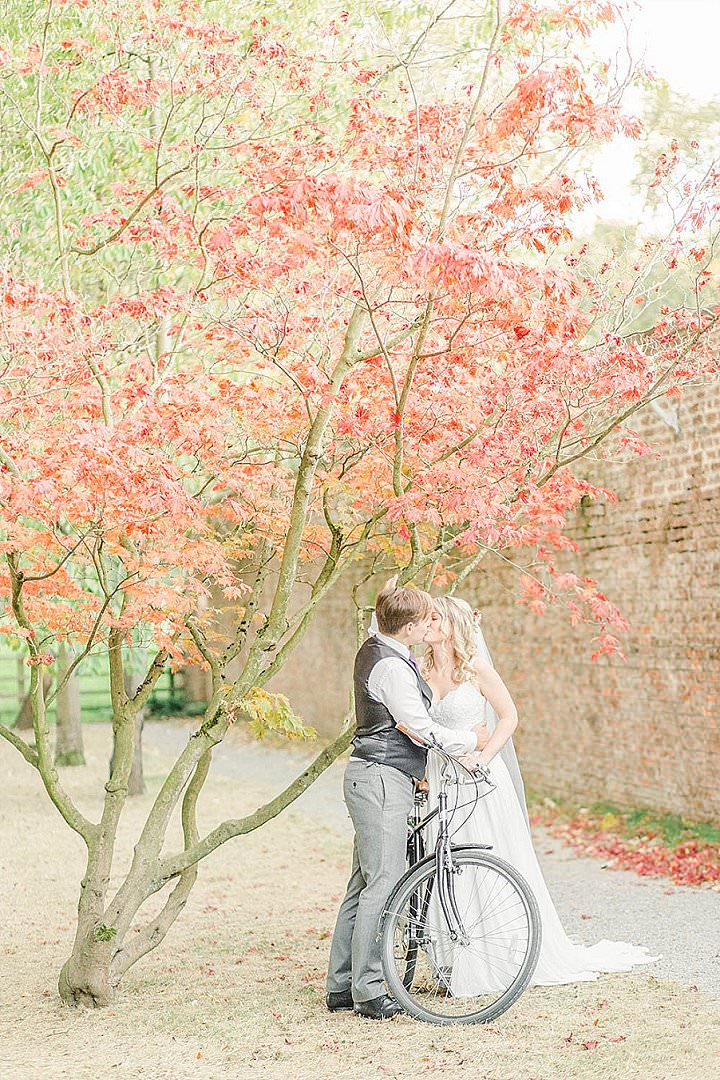 Grace And Mark S Rustic And Low Key Travel Inspired Wedding All Planned In 3 Months By Carn Patrick Boho Wedding Blog