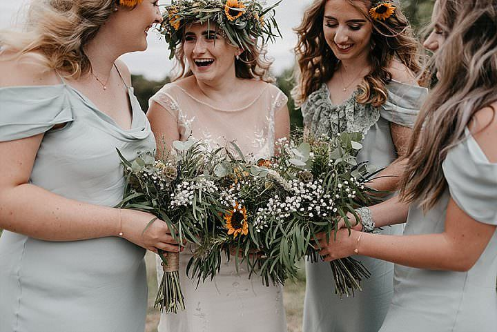 Holly and Etienne's Sunflower Filled Bohemian Country Wedding in Nottinghamshire by Elaine Williams Photography