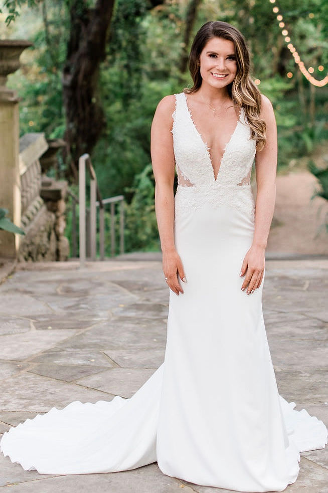 2489157cb00f78 13 of Revelry's Most Swoon-Worthy Bridal Gowns That You Can Try on at Home  ...