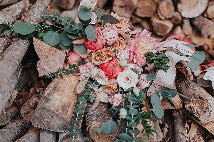 Earth Tones and Warm Romantic Bohemian Vibes Inspiration
