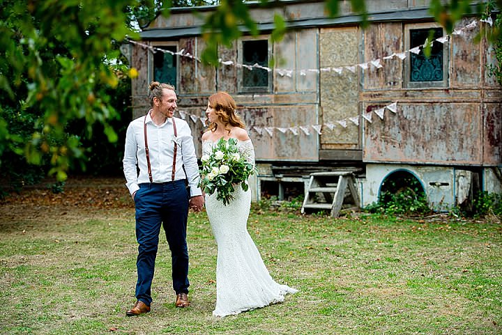 Kurtis and Donna's Quirky and Relaxed Garden Party Wedding by Geoff Kirby Photography