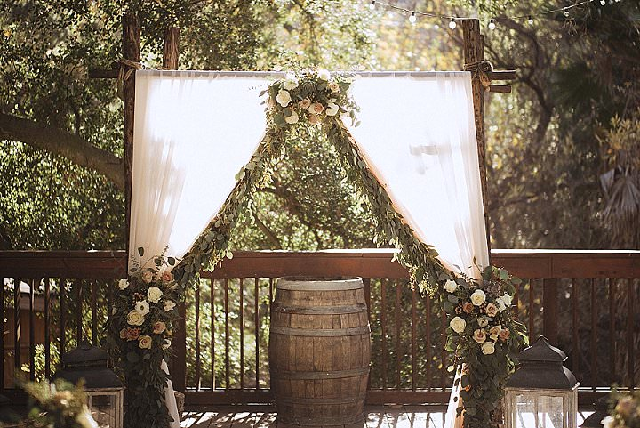 Jamie and Jonathan's Relaxed Outdoor Forest Wedding in Wintry California by Teri Bocko