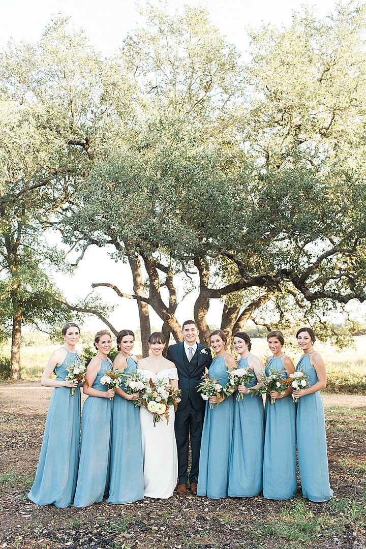 Kelsey and Alec's Light and Bright Minimal and Modern Texan Wedding by Laura Sponaugle Photography
