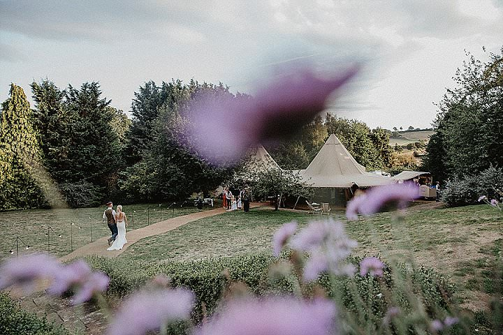 Rachel and Ryan's 'Sunflowers and Beat Boxers' Fun Filled Tipi Wedding in Hertfordshire by Nicki Shea Photography