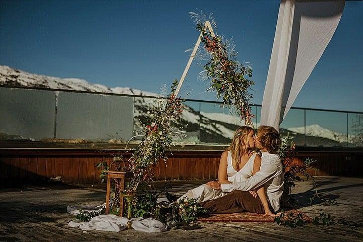 Laid Back Snow Filled Mountain Bohemian Wedding Inspiration