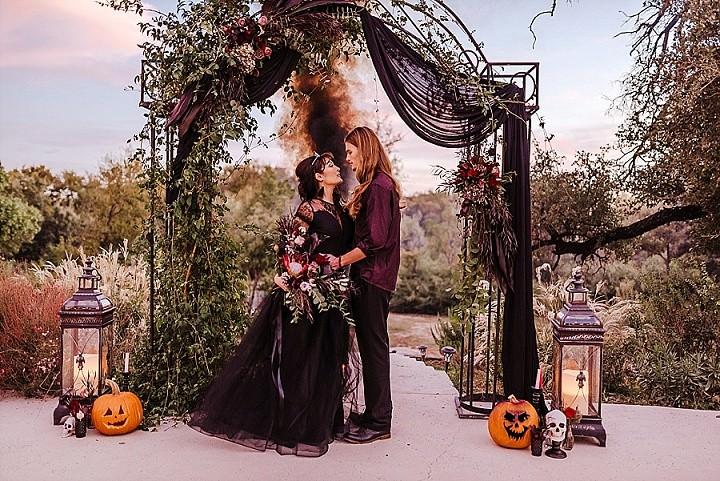 Dark, Moody and Elegant Halloween Elopement Inspiration