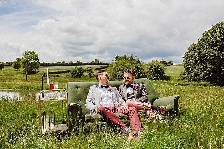 'Free To Be Me' Romantic, Laid-Back, Same Sex Wedding Inspiration
