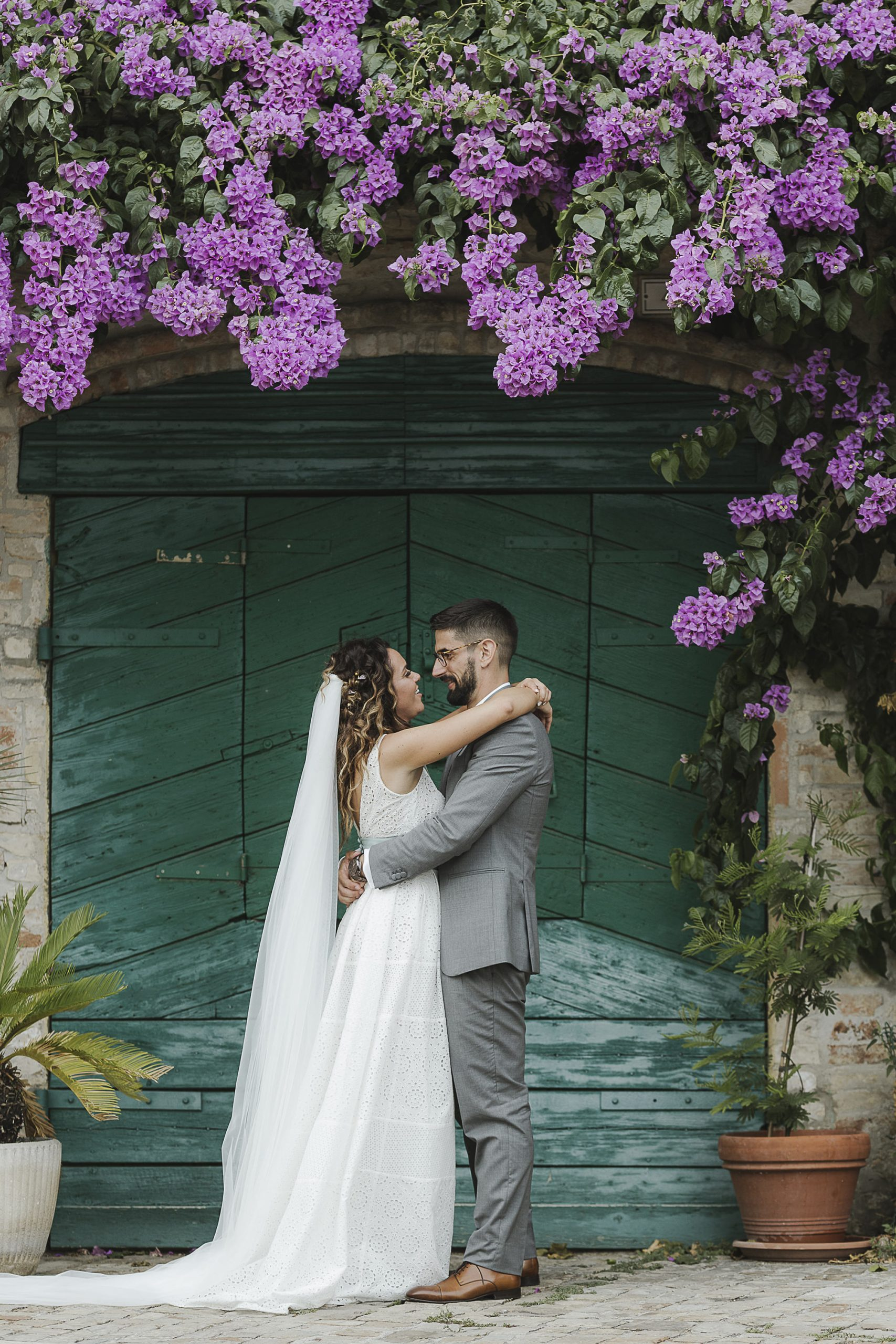 Emanuele and Chiara's Stunning White and Sage Green Vineyard Wedding in Italy