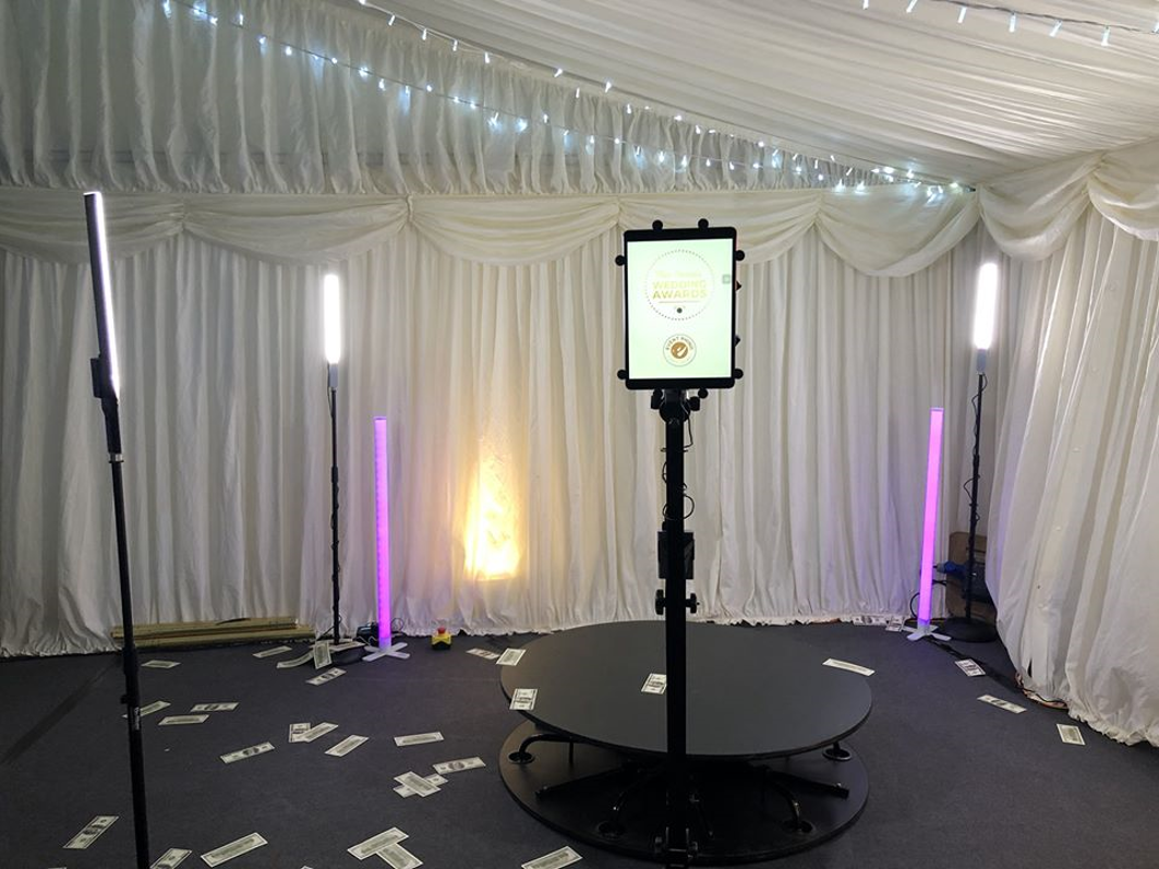 Booths By Lux - First Class Fun Filled Entertainment for your Wedding