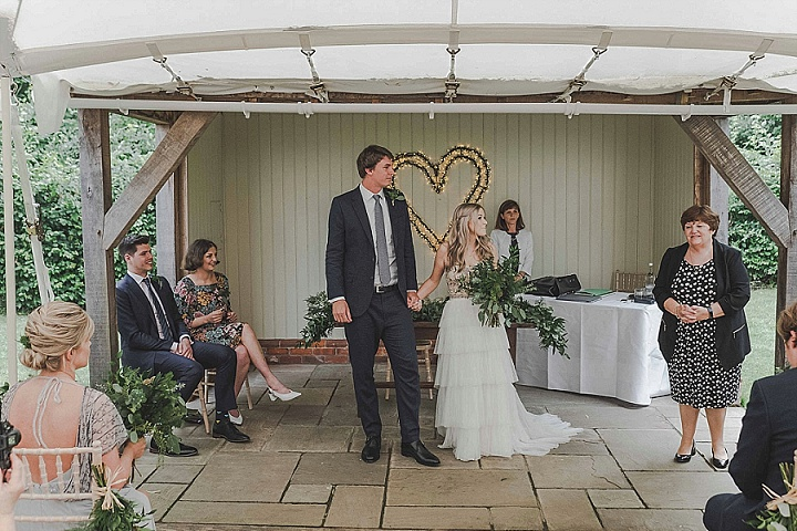 Rona and Alex's Clean and Modern Essex Barn Wedding by Emis Weddings