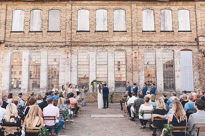 Shanna & Patrick's 'Urban Glam' Minimalistic Minnesota Wedding by Mark Mirocha Photography
