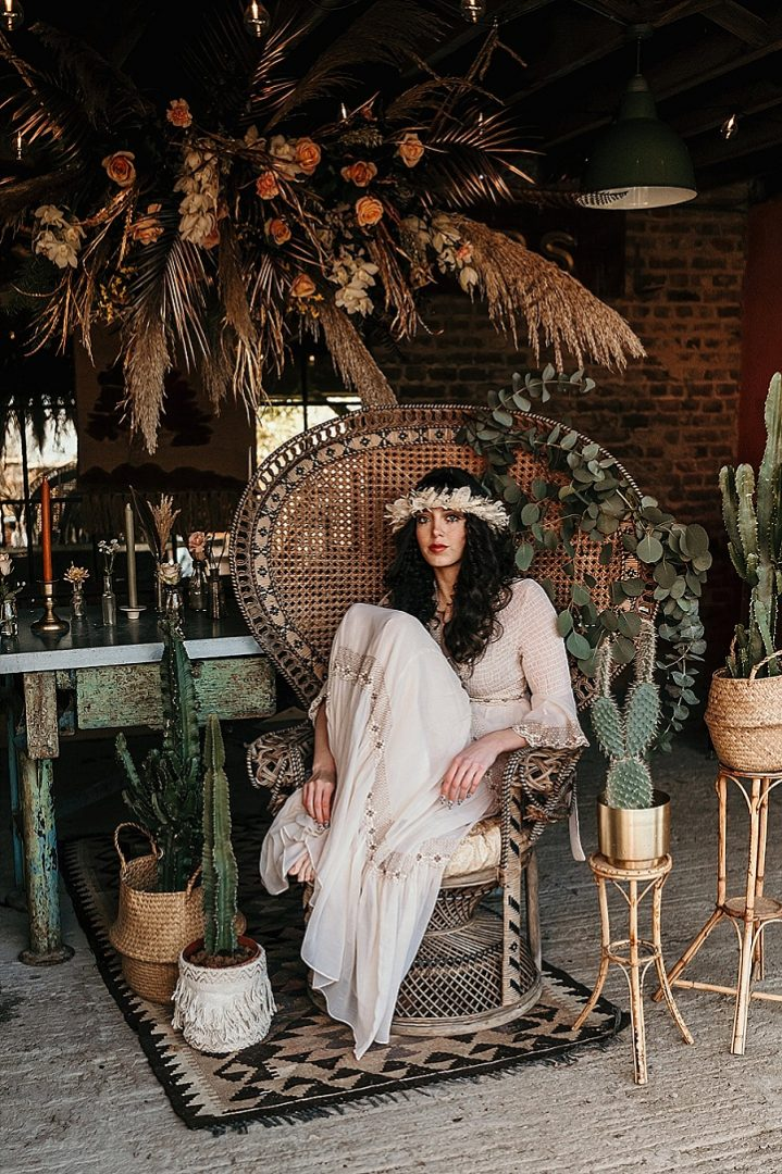 'Laid Back 1970's Vibes' Carefree Bohemian Wedding Inspiration