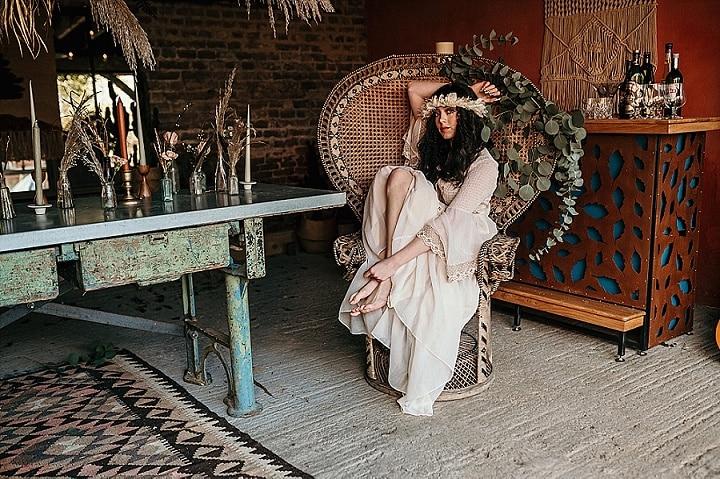 'Laid Back 1970's Vibes' Carefree Bohemian Wedding Inspiration
