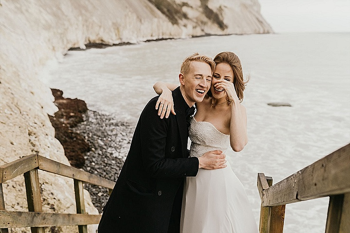 Beautiful moments at Møn's Klint, captured by a top adventure wedding photographer.
