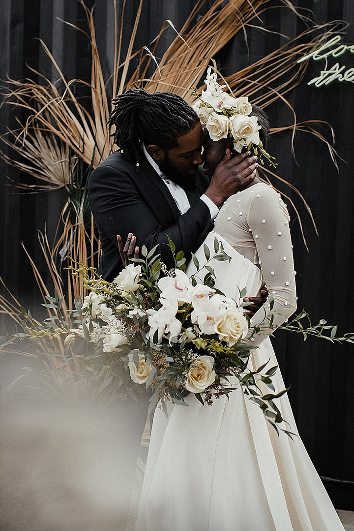 Elegant Modern Elopement Wedding Inspiration