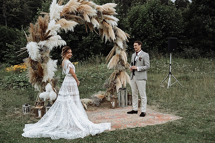 Dmitry and Anna's 'Wild flowers and Pampas Grass' For a Bohemian Outdoor Russian Wedding by Vladimir Simonov