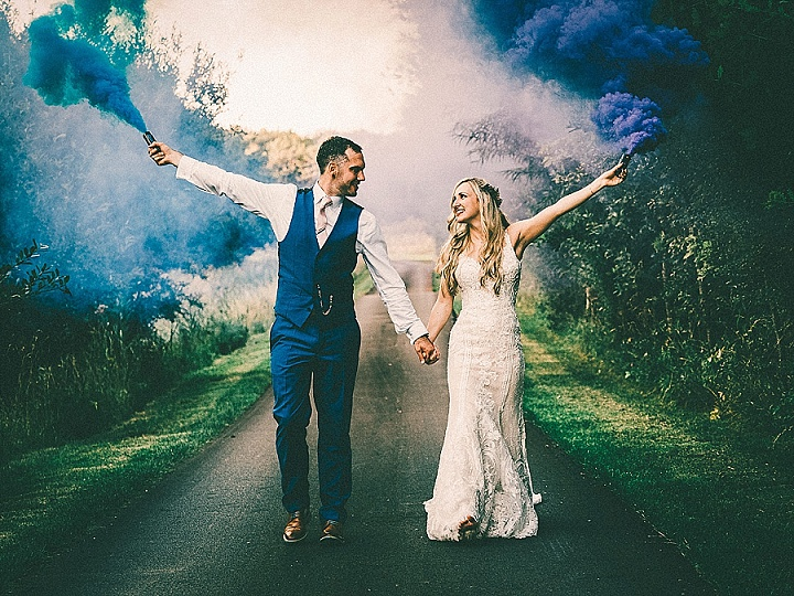 Photographers Show and Tell With Beyond the Frame Photography - Fun, Relaxed and Natural Wedding Photography