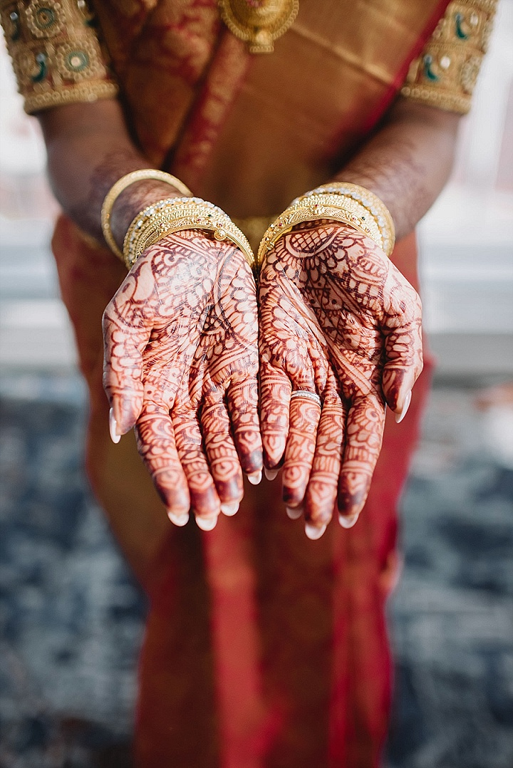 Barathi and Mahesh's 'Elegant Secret Garden' Hindu Wedding with Modern Twists by L. Hewitt Photography