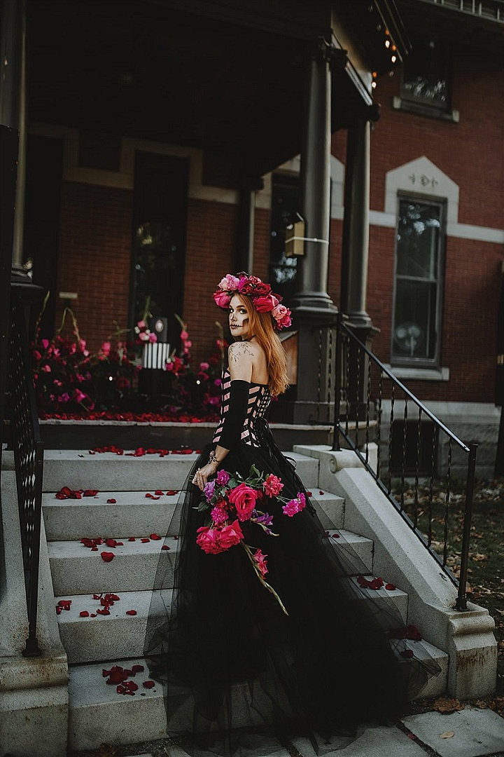 'A Corpse Bride Haunting' Fashion Forward Halloween Wedding Inspiration