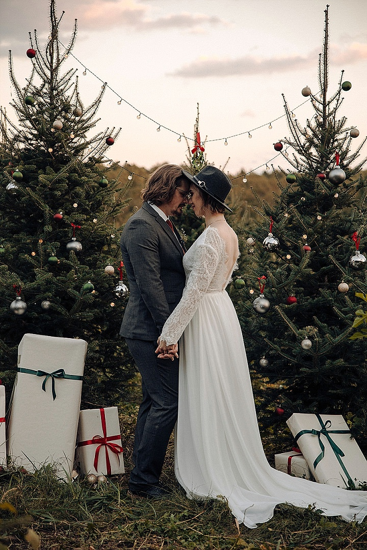 'Love on the Christmas Tree Farm' Christmas Inspired Wedding Inspiration