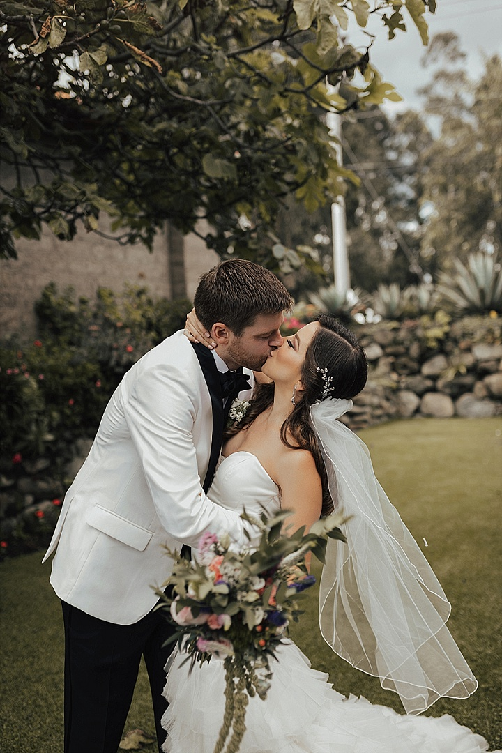 Noy and Erik's Super Glam Soft and Romantic Wedding in Ecuador by Michelle Agurto