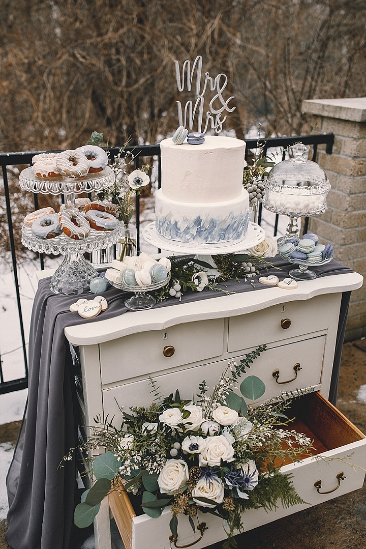 'Old School Romance' - Elegant Winter Wedding Inspiration
