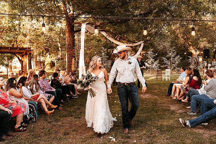 Lynsey and Morgan's Backyard Summer Wedding in Kansas by Becca Louise Photography