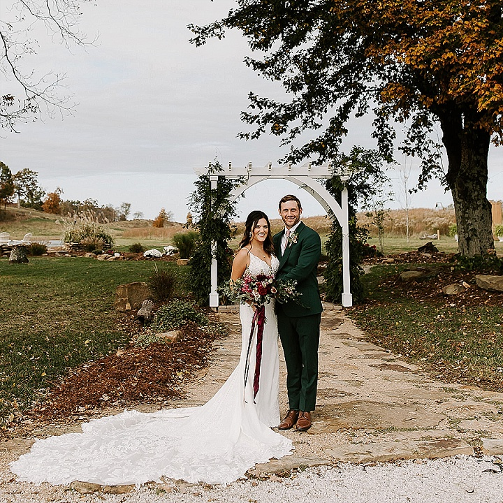 Megan and Taylor's Rustic Fall Barn Wedding By Era 26 Photography
