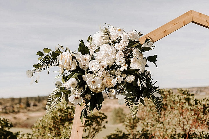 McKenzie and Mat's Elegant Outdoor Wedding in Oregon by 7 Sisters Photography