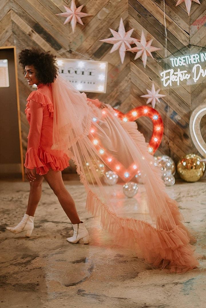 'Neon Meets Las Vegas' Colourful Extravaganza Wedding Inspiration
