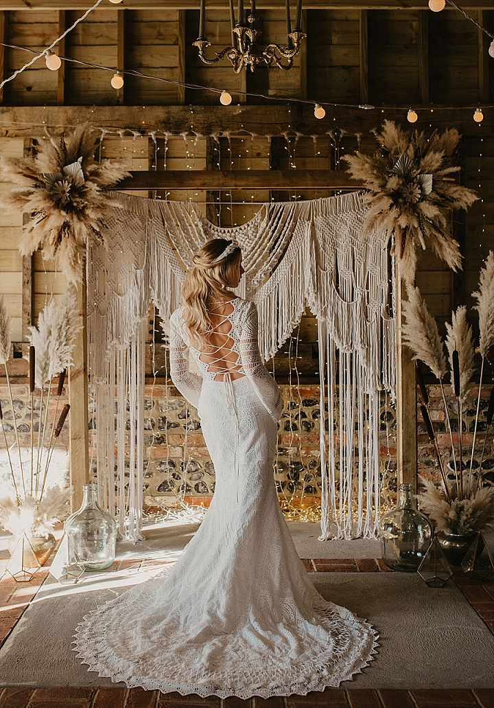 Ask The Experts: How to Make Wedding Dress Shopping Easy and Stress-Free
