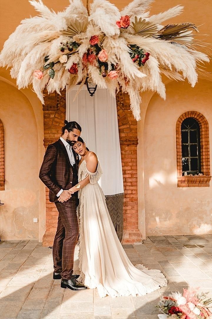 'Bohemian Romance in Greece' - Micro Wedding Inspiration in Athens